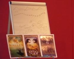 Drei Cover für dasselbe Buch (Foto: Krimi-Forum)