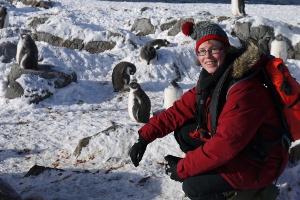 Katja mit Pinguinen (Foto: privat)